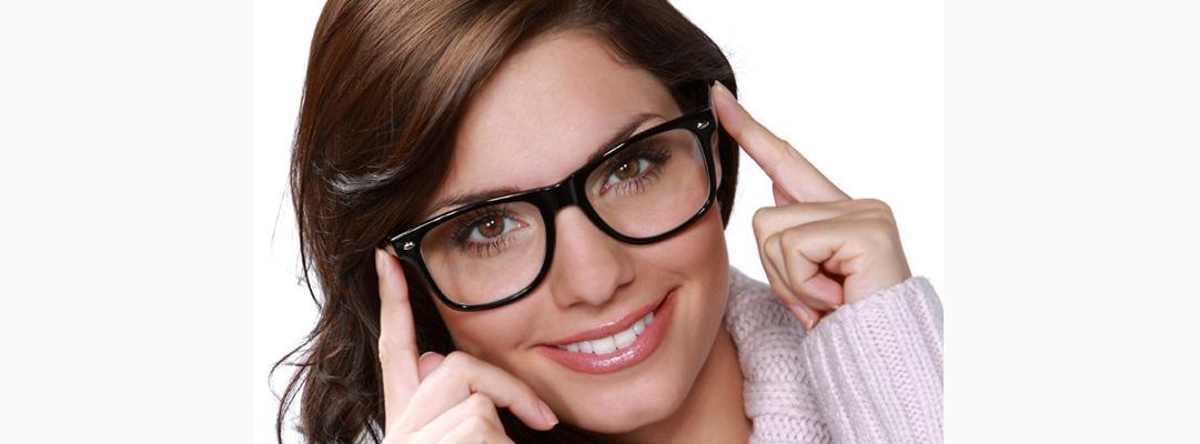 Hora de elegir las monturas que mejor te sientan :) | Medical Óptica