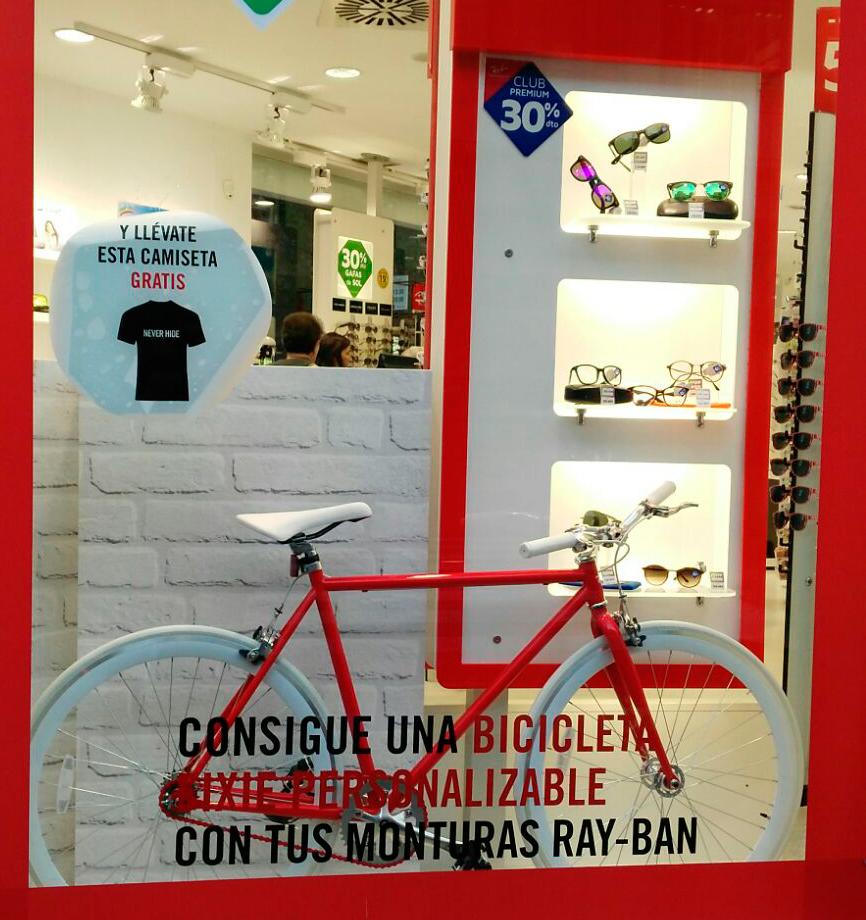Escaparate Ray Ban Medical Óptica centro de Plaza San José