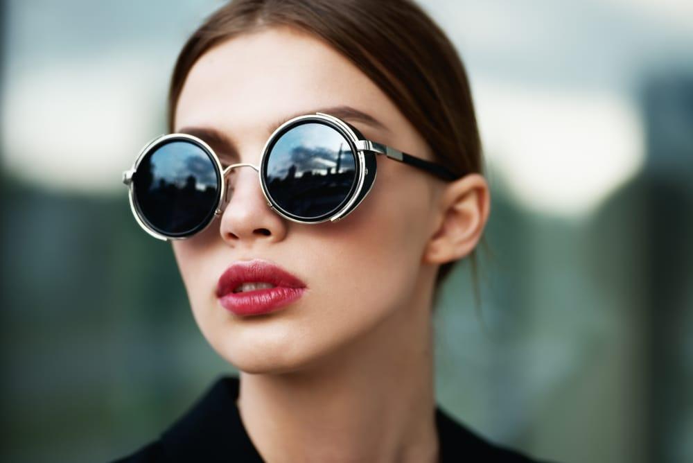 478f781a49 Las gafas de sol con monturas redondas - El Blog de Medical Óptica ...