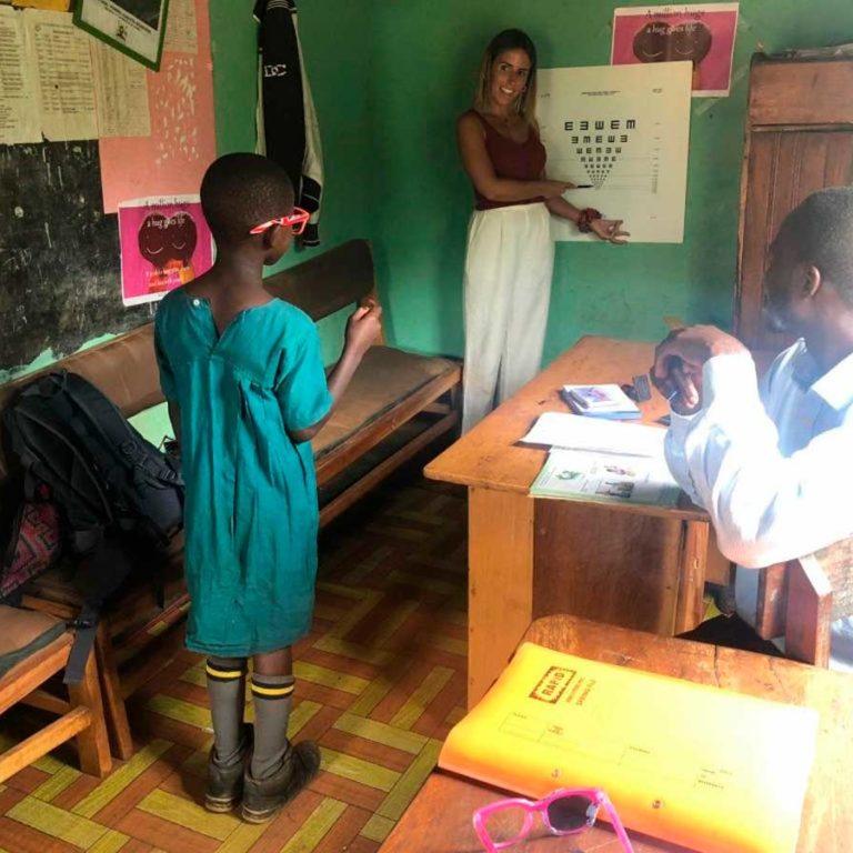 Proyecto Saluganda Medical Óptica Audición