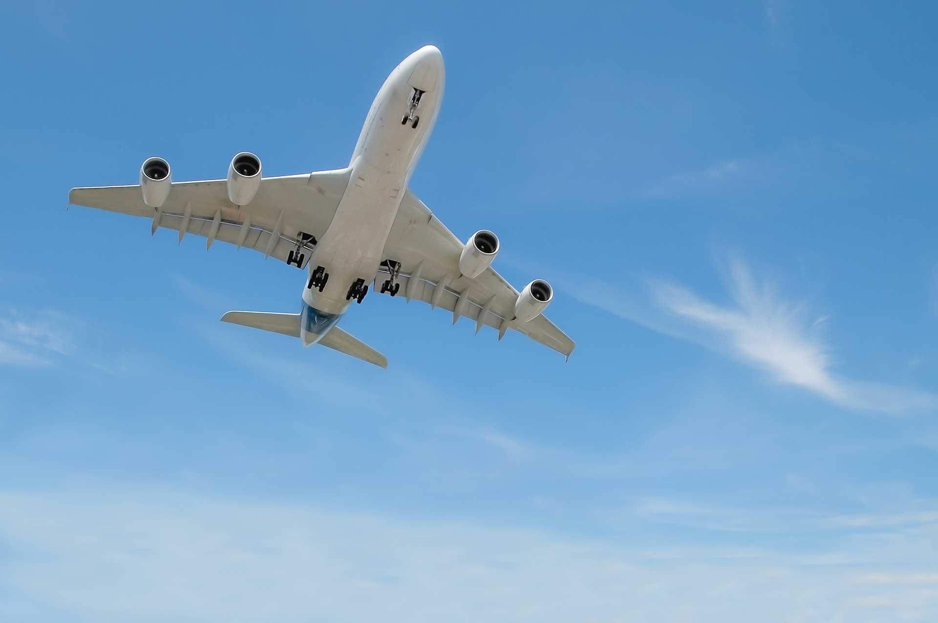 Tratamiento del barotraumatismo o molestias en el oído tras un vuelo