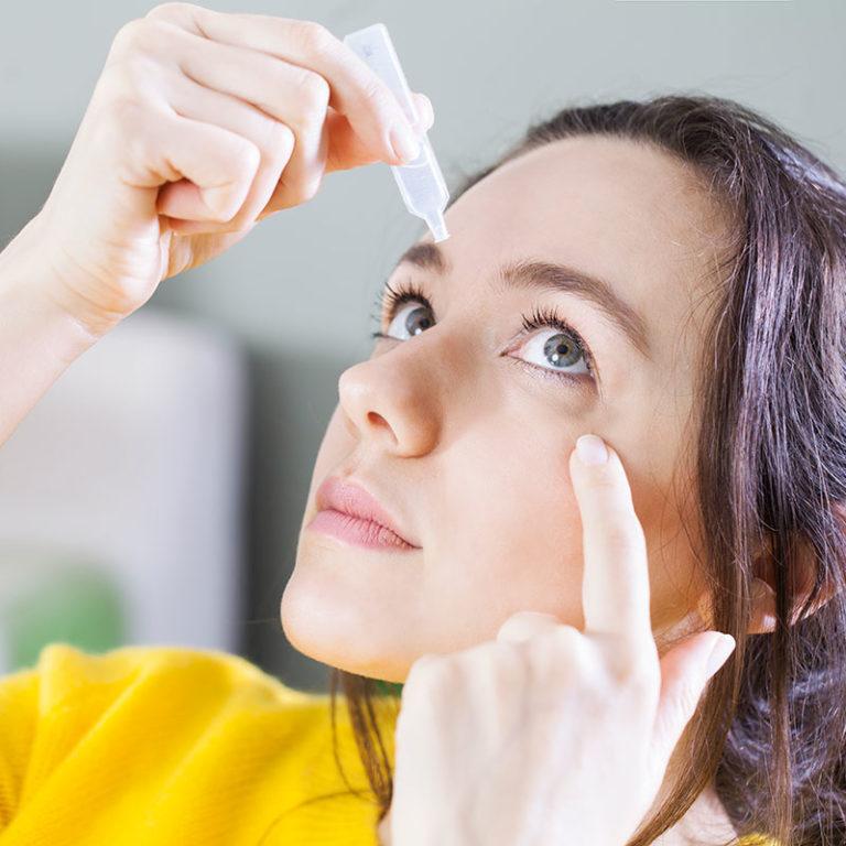Lágrimas artificiales: conoce sus beneficios frente al ojo seco y las molestias oculares