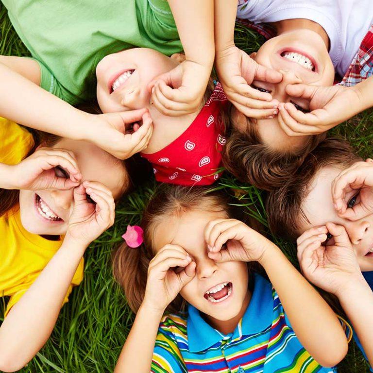 ¿Conoces la importancia de pasar tiempo al aire libre para tus ojos?